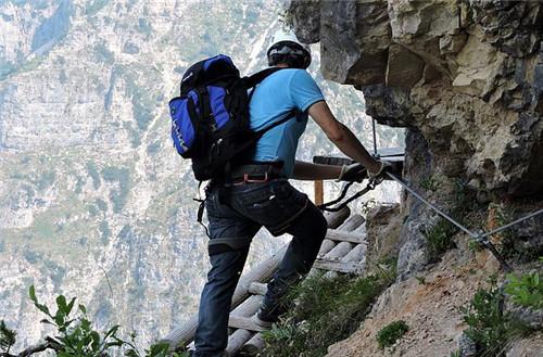 爬山需要准备的东西有哪些