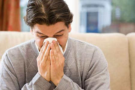 鼻塞的原因有哪些 如何预防鼻塞
