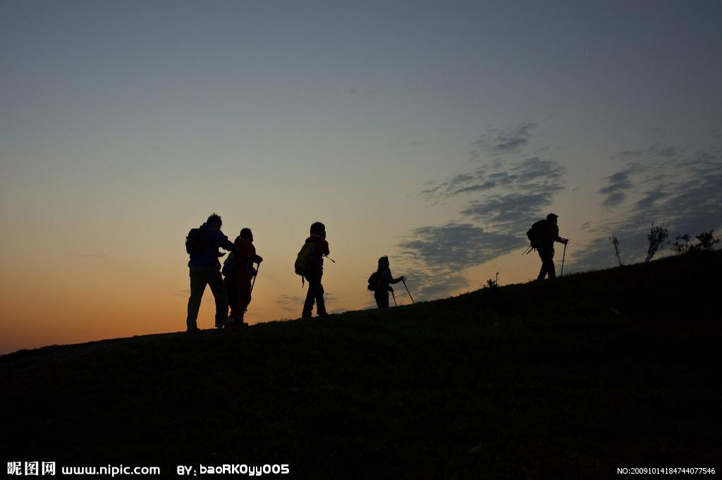 晚上爬山好不好呢