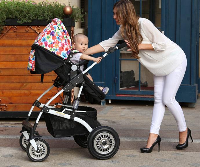 幼童头部卡婴儿车 使用婴儿车的注意事项