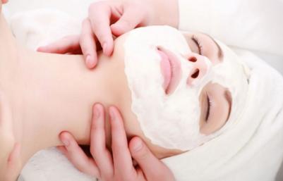 几种自制面膜可以解决皮肤黑