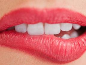 如何护理牙齿