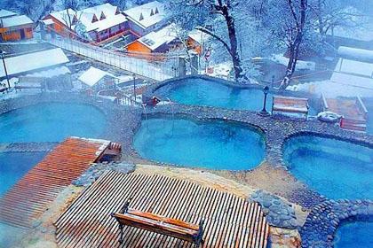 冬季旅游首选五个温泉养生圣地
