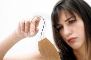 女性脱发怎么治疗 女性脱发的危害