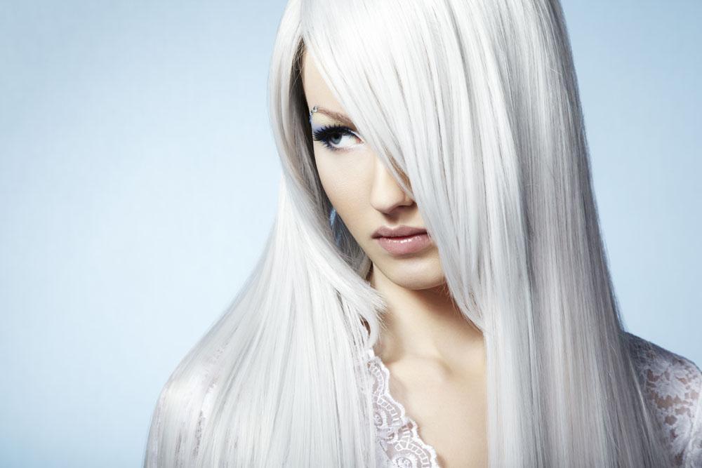 如何治疗白发脱发 白发的病因有哪些