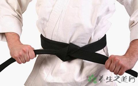跆拳道怎么升带 跆拳道练到黑带要多久
