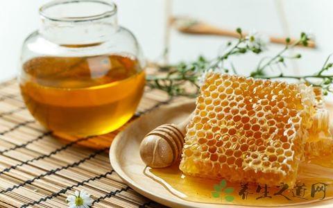 蜂蜜吃多了会上火吗?三种人别喝蜂蜜