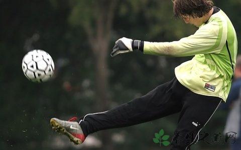 足球正脚背射门教学 练习射门的要点