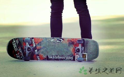 滑板怎么持续荡板 滑板的性能指标