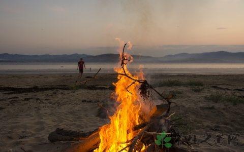 深圳海边露营的地方 露营的好处