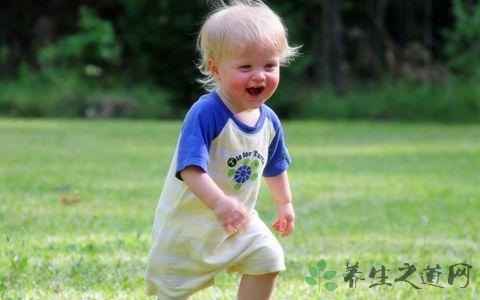 三岁幼儿夏季锻炼的注意事项  幼儿夏季如何健康饮食