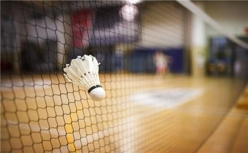 女人打羽毛球有什么好处 女人怎么打好羽毛球 打羽毛球有什么技巧