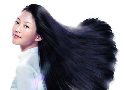 六个易伤头发的坏习惯:每天梳头一百下