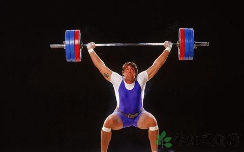 举重运动员怎么降体重 他们的饮食要诀是什么