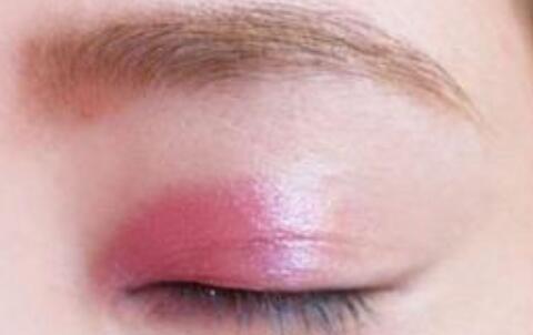 三种眼妆画法 教你秒变大眼MM