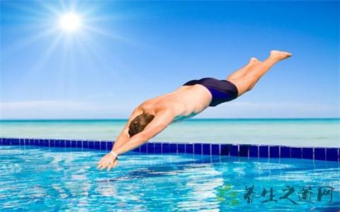经常游泳的人应该多吃什么?