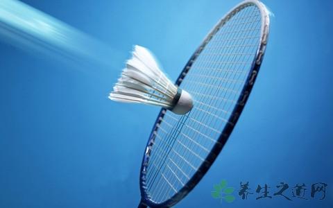 羽毛球运动员吃什么