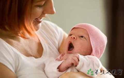 新生儿吐奶怎么办?如何有效预防婴儿吐奶?