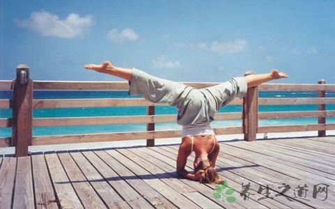 瑜珈头倒立技巧 头倒立能治疗什么病