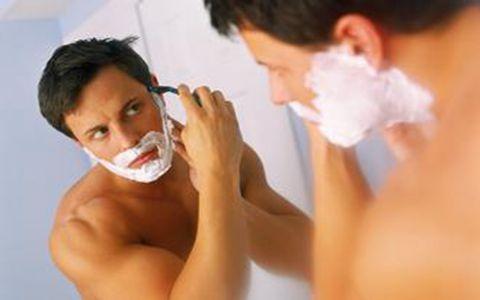 夏季男性护肤的方法