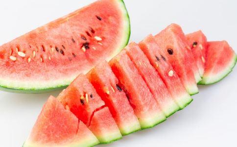 如何预防中暑 预防中暑有什么方法 预防中暑吃什么