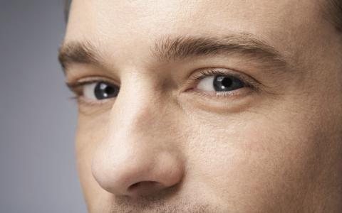 男人也有面子问题 男士如何精简护肤