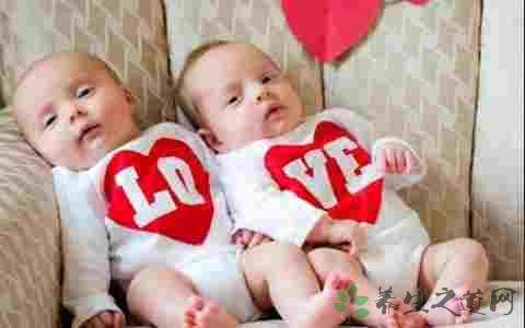 新生双胞胎如何护理