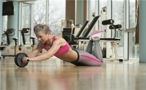 健腹轮的使用方法 健腹轮玩法 健腹轮的注意事项