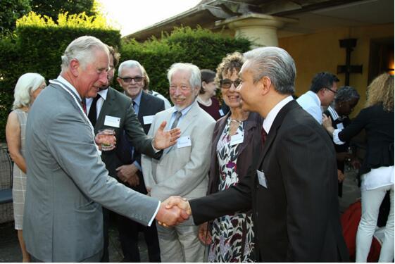 香港顺势疗法医生与皇室王子的约会