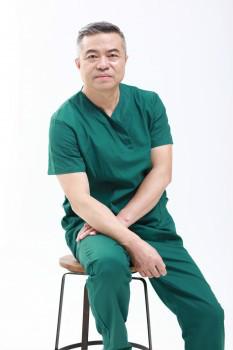 广州军美整形王世虎教授——中国医疗美容的先行者