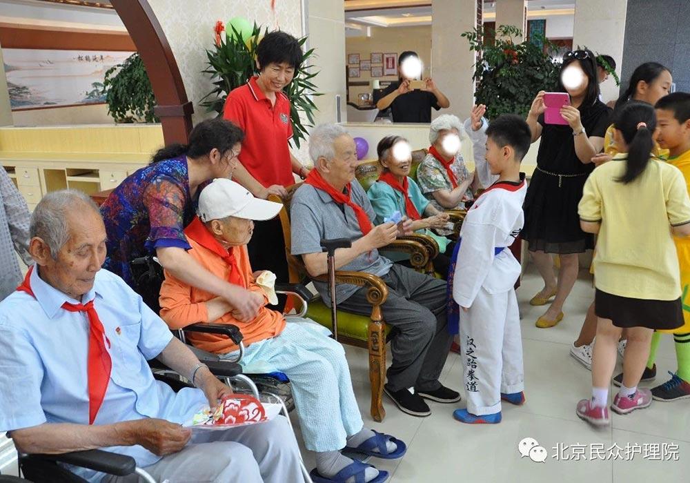 带医疗的护理型养老院 可以上北京民众护理院看看