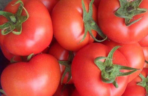你吃西红柿习惯吃皮,还是去皮呢?